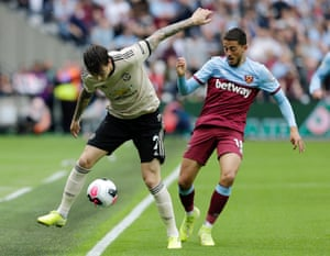 Victor Lindelof of Manchester United is challenged by Pablo Fornals of West Ham.