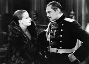 Greta Garbo and Lionel Barrymore in Mata Hari.