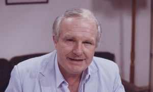 Shane Rimmer, who has died aged 89, pictured here during a stint in ITV's Coronation Street during the 1980s.