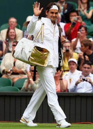 Roger Federer at Wimbledon, 2009.