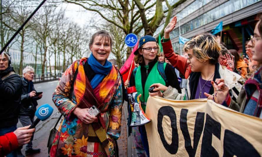 Marjan Minnesma with activists
