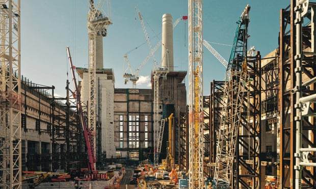 theguardian.com - Julia Kollewe - Battersea Power Station: affordable homes almost halved by developer