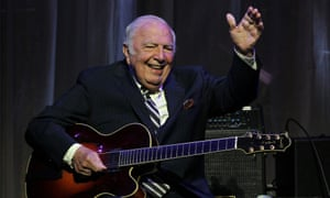 Jazz guitarist John Bucky Pizzarelli who was inducted to the New Jersey Hall of Fame, has died at the age of 94.