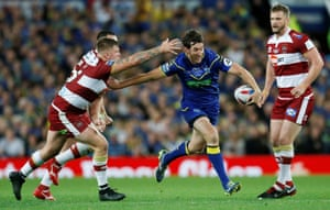 Warrington Wolves' Stefan Ratchford goes on the charge.