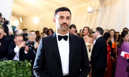 Riccardo Tisci combined chicness with sex appeal in his London fashion week debut for Burberry.