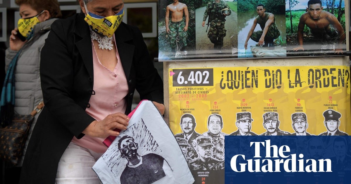 Two Colombian warlords to face off in truth commission hearing