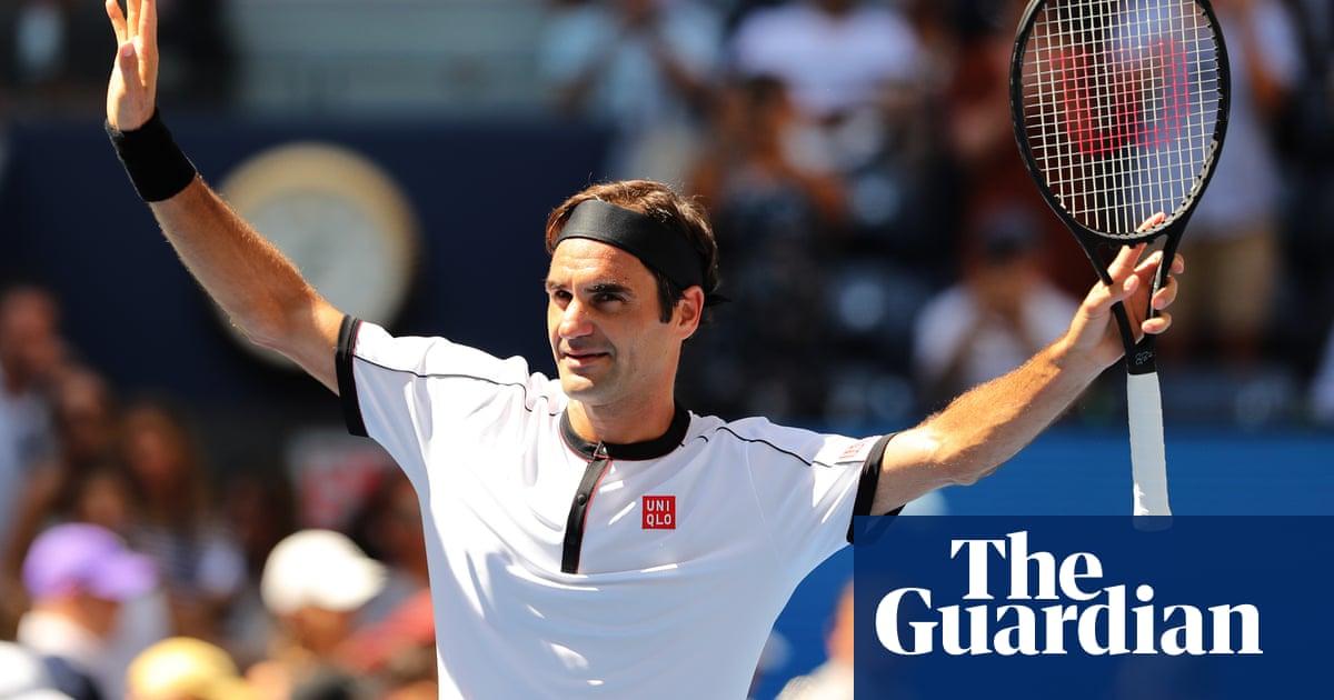 Roger Federer thrashes Dan Evans in straight sets at US Open