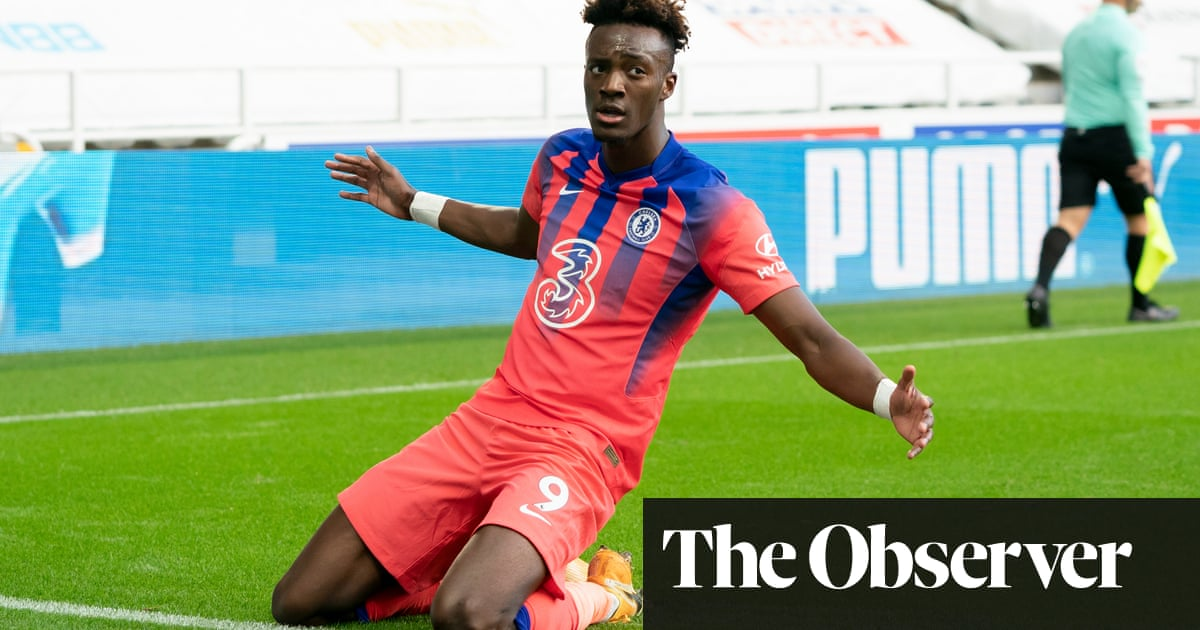 Tammy Abraham strike seals victory at Newcastle and sends Chelsea to the top