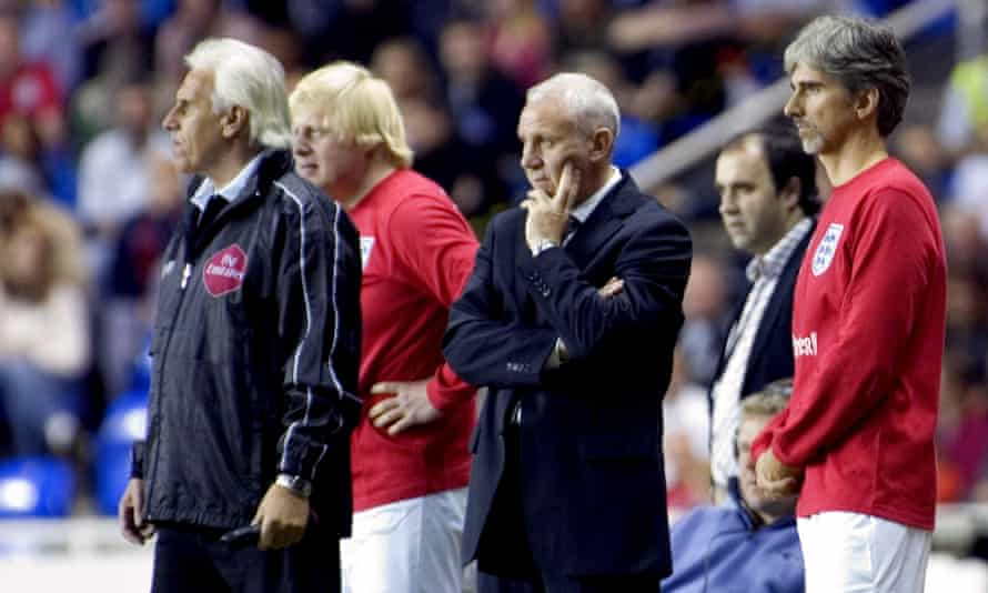 Peter Reid with Boris Johnson at a charity match in 2006.