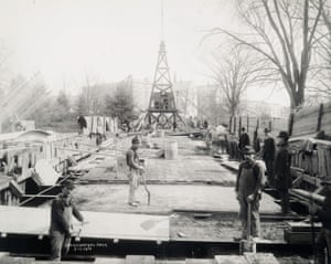 Workers building the Broadway subway line under Central Park, 1901.