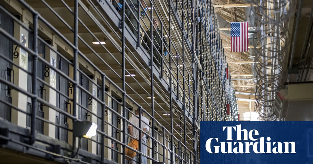 Police and prison guards much less vaccinated than California public, analysis shows
