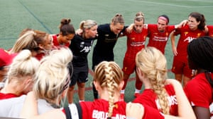 Liverpool women manager Vicky Jepson gives the final team talk before their game against the Metropolitan All Stars in in Boston, Massachusetts in July 2019.