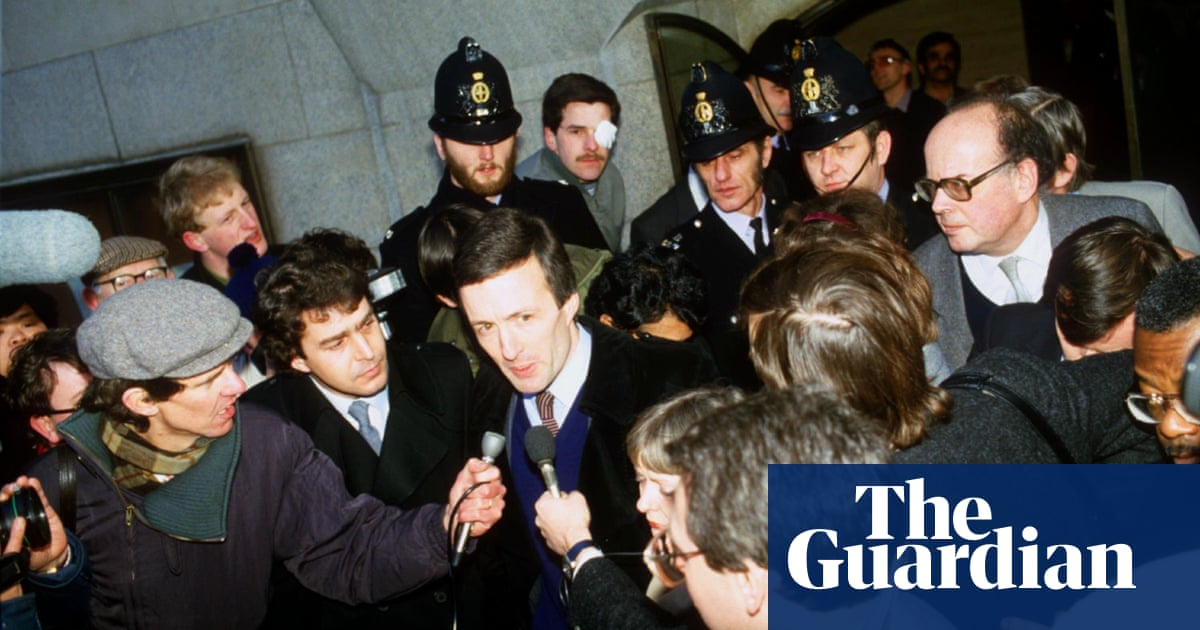 The spies who hated us: reporting on espionage and the secret state