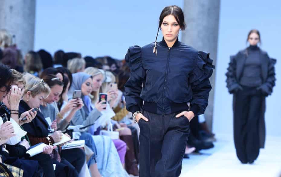 Bella Hadid models dropped-shoulder puff sleeves for MaxMara, Milan fashion week AW20/21.