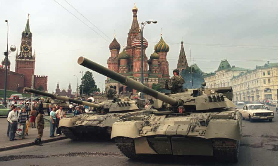 Soviet Army tanks parked in Moscow's Red Square after a coup toppled Soviet President Mikhail Gorbachev, 19 August 1991.