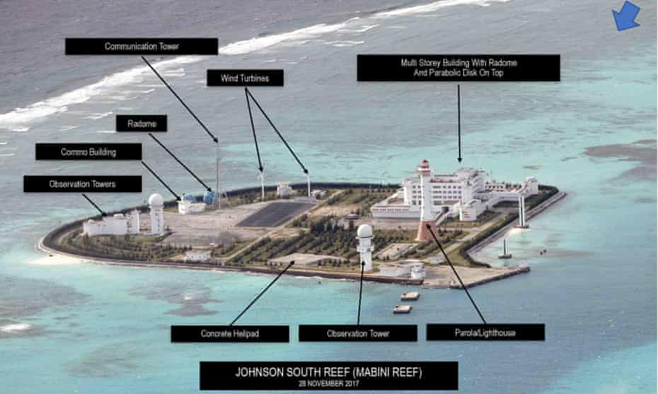 Installations on Johnson South Reef