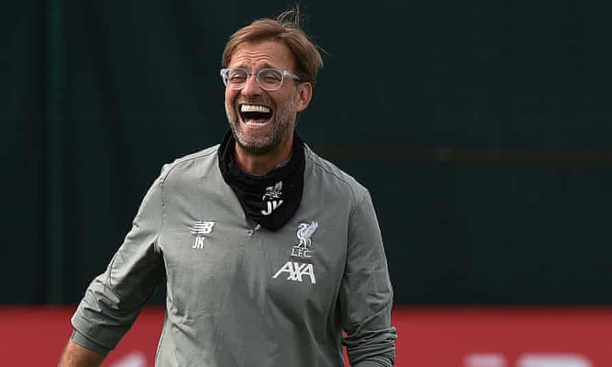 The Liverpool manager Jürgen Klopp oversees training at Melwood on Friday after lifting the Premier League trophy on Wednesday night.
