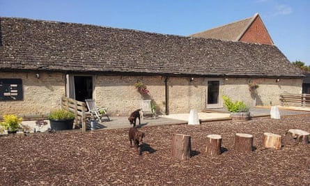 Riverwood Cottages. Lechlade