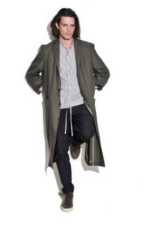 Five Ways To Wear A Duster Coat For Men In Pictures