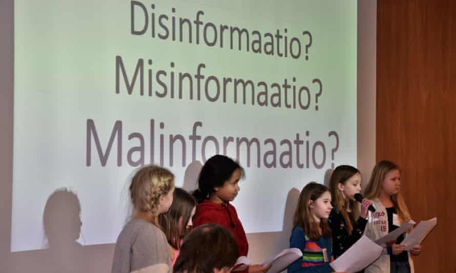 Primary school pupils in Helsinki explain the difference between misinformation, disinformation and mal-information.