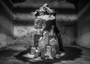 Contenir la dépression A Man of England par Damon Albarn
