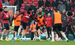 Manchester United s'échauffe à Anfield
