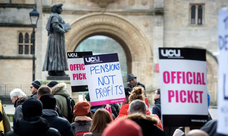Lecturers on strike at Bristol University on 22 February 2018