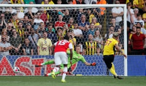 Watford's Roberto Pereyra scores their second goal from the penalty spot.