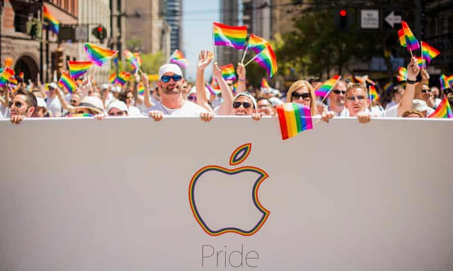 san francisco pride apple