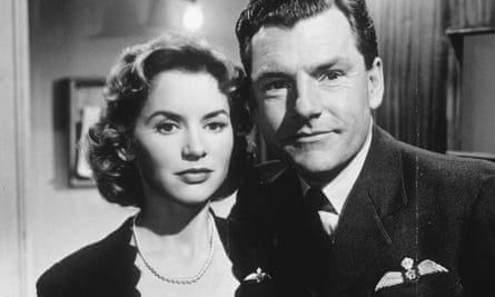Muriel Pavlow as Thelma Bader, the wife of the war hero Douglas Bader, played by Kenneth More, in the 1956 film Reach for the Sky.
