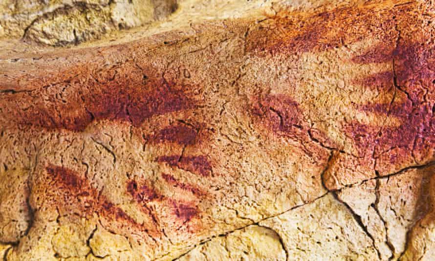 Reproduction of paintings of 'Cueva de la Fuente de Salin' in Altamira National Museum and Research Centre