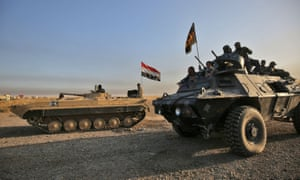 Iraqi forces advance towards the city