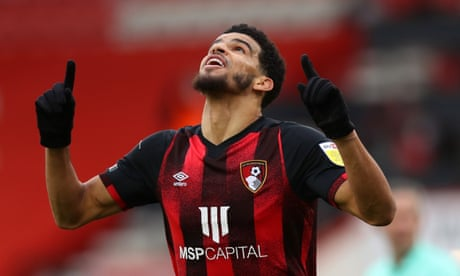 Bournemouth go top after four-goal second-half blitz against Reading