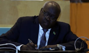 South Sudan's foreign affairs minister, Barnaba Marial Benjamin, signing the ceasefire.