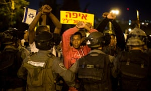 Israelis of Ethiopian origin protest against alleged racism and police aggression in April 2015