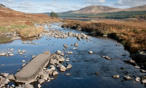 Burn flowing into Loch Doon