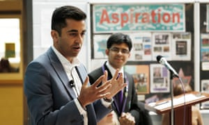 Humza Yousaf of the SNP speaks to students.