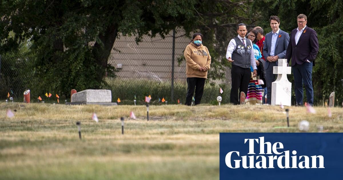 カナダ: 少なくとも 160 unmarked graves found in British Columbia