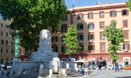 Piazza Testaccio, Rome