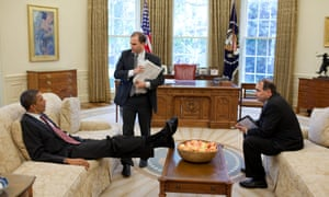 Ben Rhodes (centre) with President Barack Obama and senior adviser David Axelrod in the Oval Office, 2010.