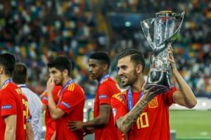 Dani Ceballos holds aloft the European Under-21 Championship trophy