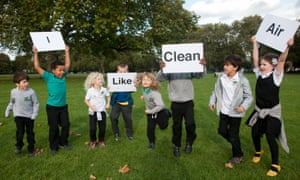Children campaigning for better air in Hackney, East London