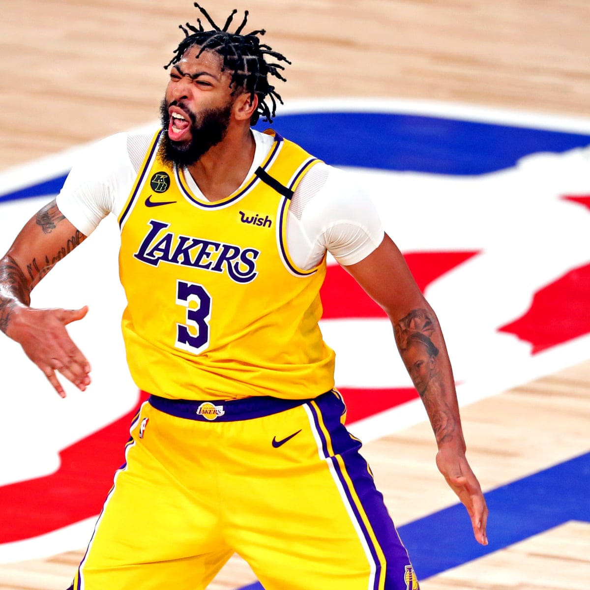 Nba Finals Game 4 La Lakers Cool Miami Heat To Move Within One Win Of Title Nba Finals The Guardian
