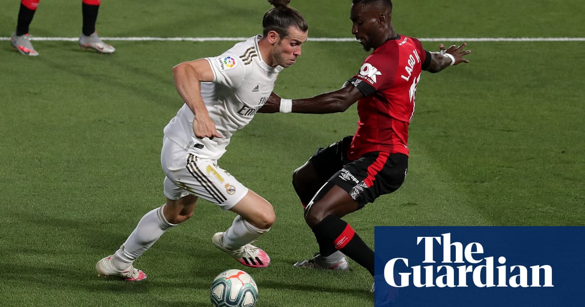 Tottenham in talks with Real Madrid over Gareth Bale return on loan