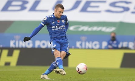 Leicester City's Jamie Vardy 'uses his speed and anticipation', says Jürgen Klopp. 'His technical level is really good too.'
