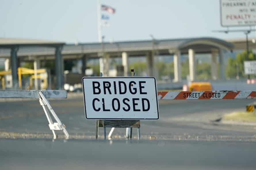 The International bridge in Del Rio, Texas, where thousands of Haitian migrants have created a makeshift camp remains closed on Saturday.