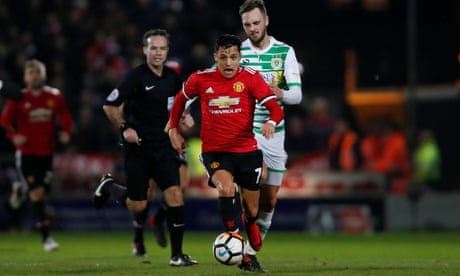 Manchester United's Sánchez makes big impact with small acts of genius | Barney Ronay
