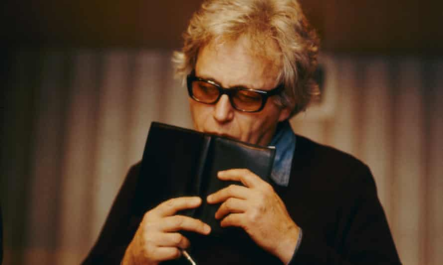 In the Études, Ligeti effectively created a new pianistic vocabulary ... György Ligeti.