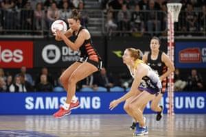 Super Netball, Magpies v Lightning