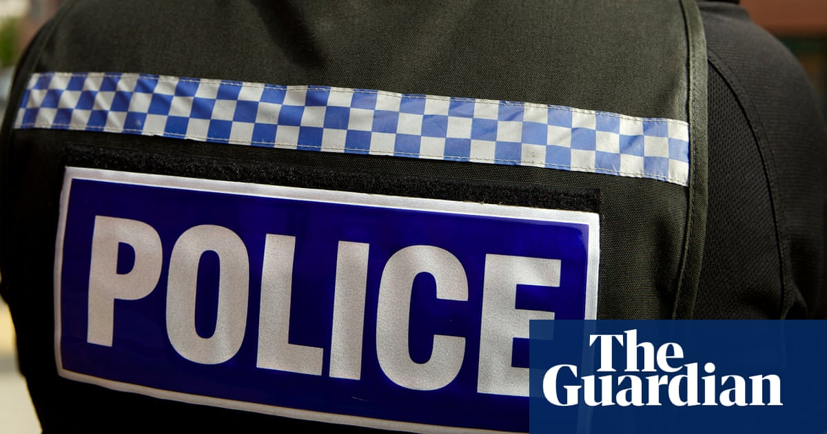 Police officer sacked after telling ex-partner: 'I will smash your face in'